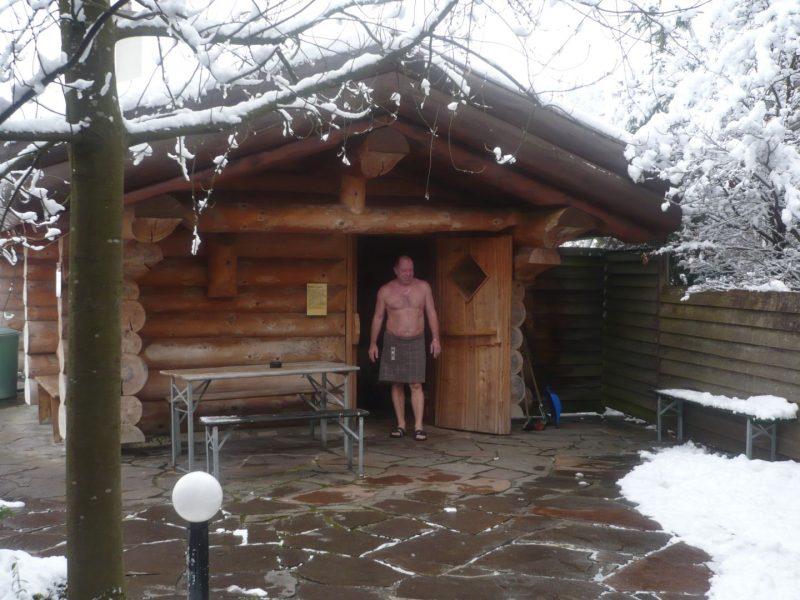 Holzofensauna  Im Winter